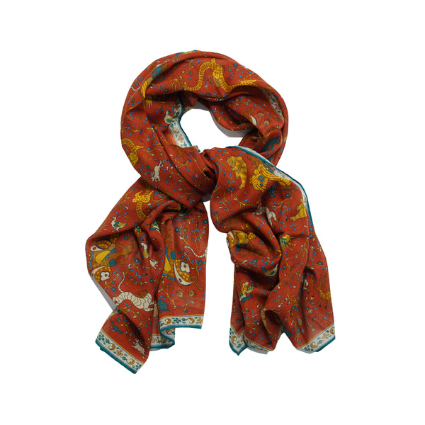 One could call this kind of printed scarf a Drake´s classic. A lot of happening on the print, but it's not too loud thanks earthy colors. Very versatile...just imagine it with green, brown or navy jackets.  78% Cotton 20% Modal 2% Cashmere Made in Italy 70cm x 180cm