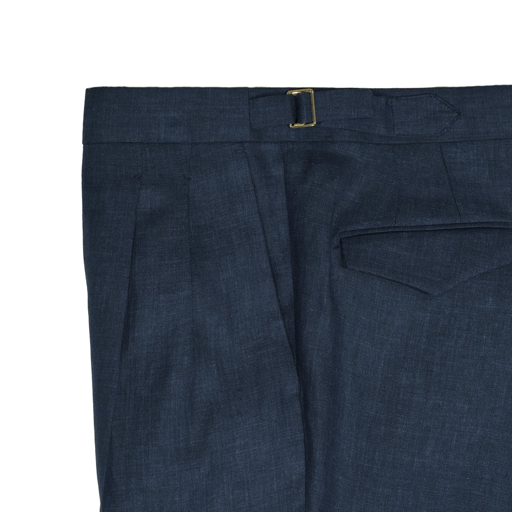Active Linen Trousers from Briglia. Machine washable (30 degrees celsius), natural stretch, wrinkle resistant. Never has linen trousers been this easy to keep in shape.  Active Linen 2 pleats side adjusters 2 back pockets with flaps cuffed hem Model: Quartieri Art: 320118 Col: 91 / Blue Melangé Made in Naples, Italy