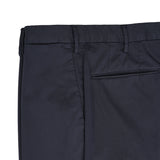 The iconic Incotex 30 model, an evergreen of the continuously evolving collections, continues to impress with its authenticity. Exquisite crafted details enrich the garment, enhancing its essential vocation for comfort.  Royal Batavia is an exclusive cotton quality. Incotex fans all around the world praise it for its light, resistant and extremely comfortable feel.   American pockets Slim fit 2 backpockets Coin pocket in front left Zip fly Blue 97% cotton 3% elastan 1AGW30 9098Y 822 Made in Italy