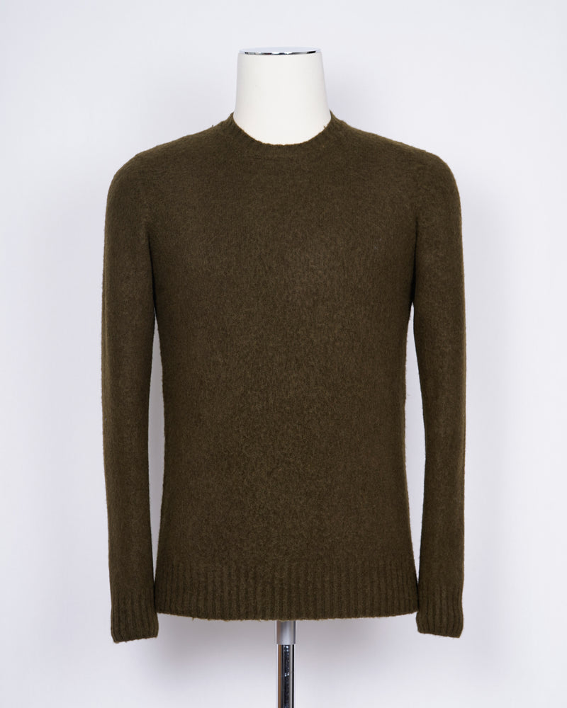 Drumohr brushed wool crew neck. Soft, light and warm.  100% Lambswool Art. D8W103G Col.479 / Olive Green