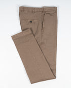 Berwich Vulcano Linen Cotton Trousers. Being a regular fit model, Vulcano is a little bit looser all around. Linen gives this garment a lovely summer vibe and cotton makes it more durable in use. Fits true to the size. If in doubt of your size, please contact us HERE 65%Linen 34%Cotton 1%Elastan Color: Noce Button closure with zippered fly Slanted front pockets and two back pockets Model: Vulcano Z Article: ts0565x Made in Martina Franca, Italy