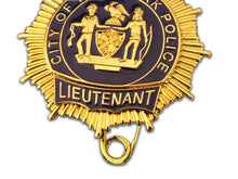 Load image into Gallery viewer, NYPD Lieutenant New York Police Badge Replica Movie Props