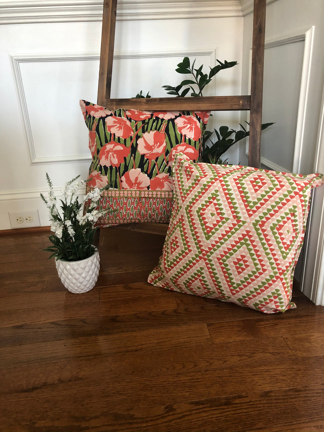 Orange Floral Cushion (Set of 2)