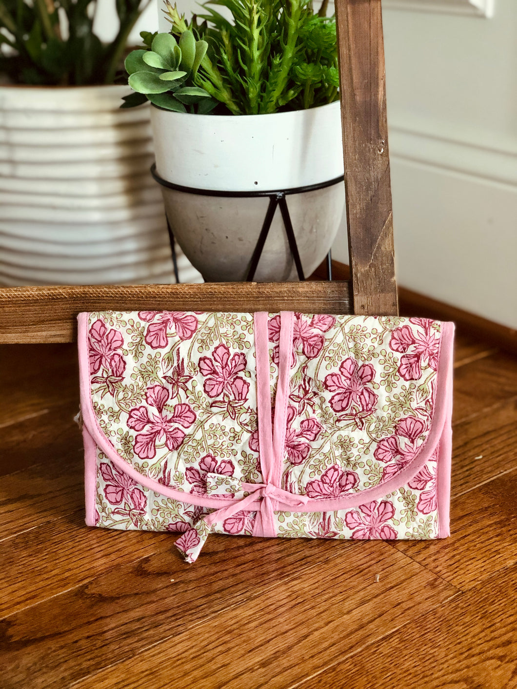 Pink Floral Jewelry Bag