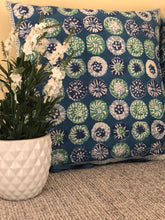 Load image into Gallery viewer, Indigo floral Cushions (Set of 2)