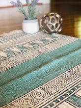 Load image into Gallery viewer, Coral Hand Block Printed Rug (2'x3')