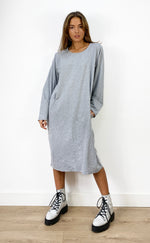 Carica l'immagine nel visualizzatore di Gallery, Oversized Sweatshirt Dress In Grey With Pockets