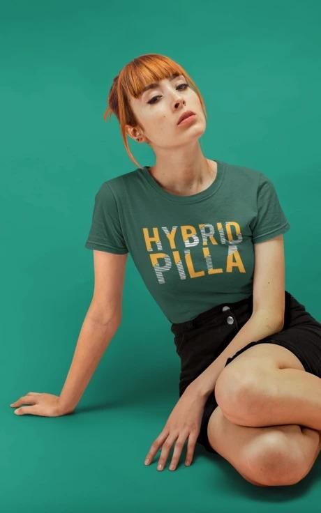 Hybrid Pilla - Women's Tee - Olive Green