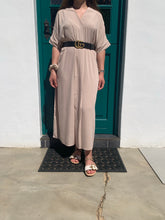 Load image into Gallery viewer, The-Easy-Chic Dress Edit                                           (Nude)