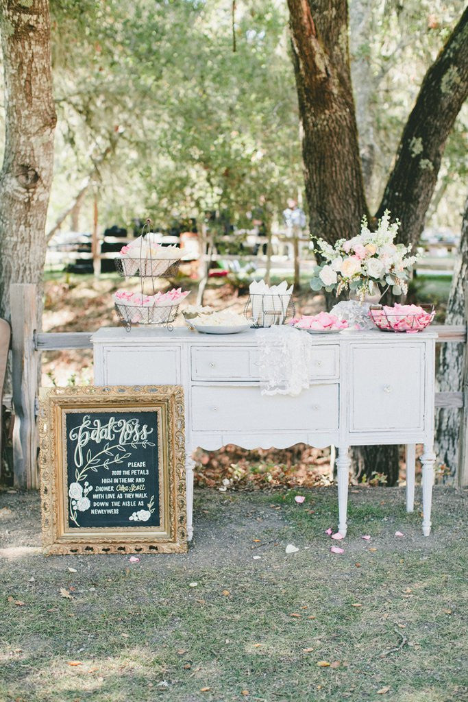 More Fabulous Rose Petal Confetti Bar Ideas For Your Upcoming Wedding