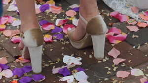 Rose Petal Confetti To Brighten Up Your 2020 Wedding