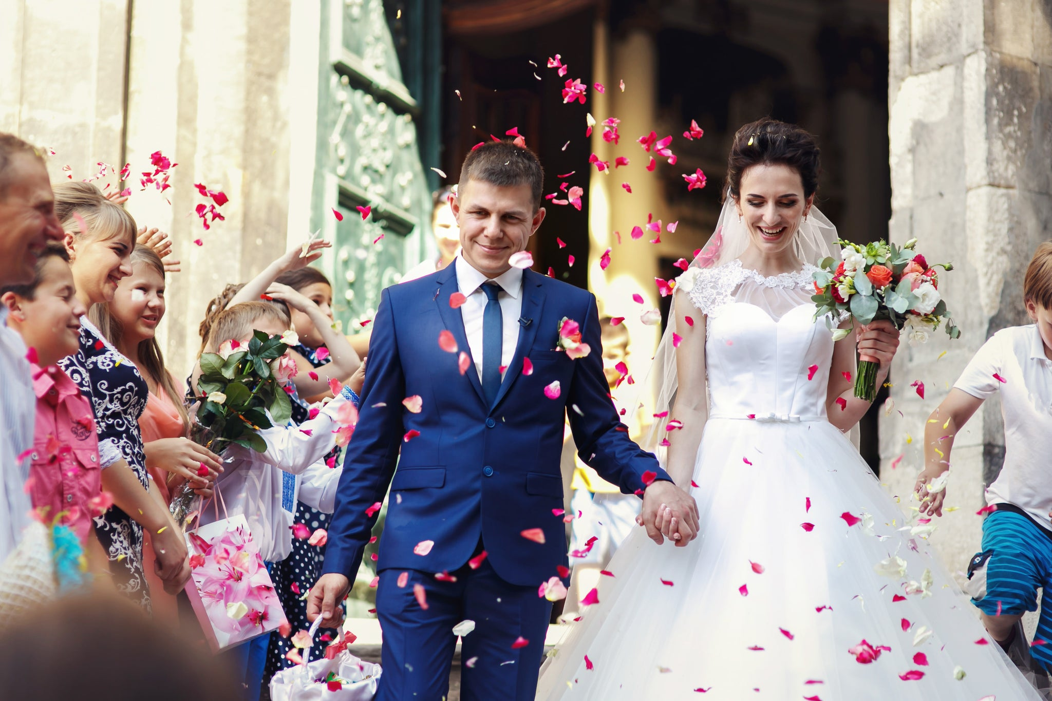 Looking For Ideas For Your Wedding Day Confetti Toss?