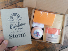 Load image into Gallery viewer, pamper gift set from The Soap Shack