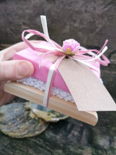 Load image into Gallery viewer, Rose Soap, Wash cloth and rack gift set
