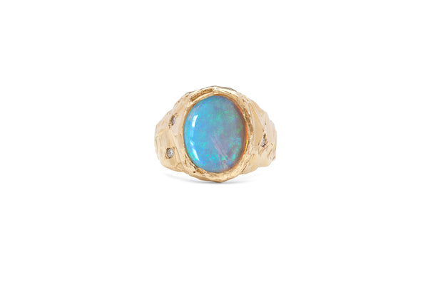 ring precious stones blue opal diamond solid gold one of a kind Fie Isolde unique beauty scandinavian nature heritage raw liquid vintage glamour handmade signature look californian timeless classic sophisticated ring ædelsten hvid opal diamant guld enestående rå unik skandinavisk håndlavet californisk natur arv skønhed tidløst klassisk sofistikeret unik