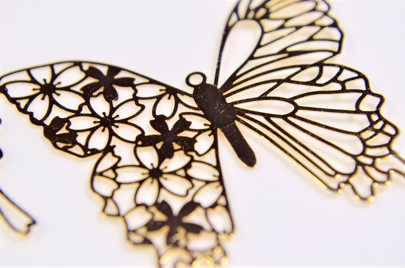 Original Design] Butterfly Metal Parts: Butterfly Motifs, Sakura Motifs, 99% copper, high quality, 10 pieces per case.