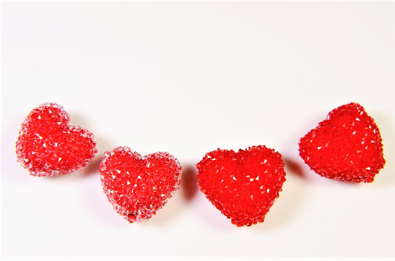 [Glittering Heart] Heart beads with lots of high-brightness stones, trendy parts, deco parts, 4 pieces per case
