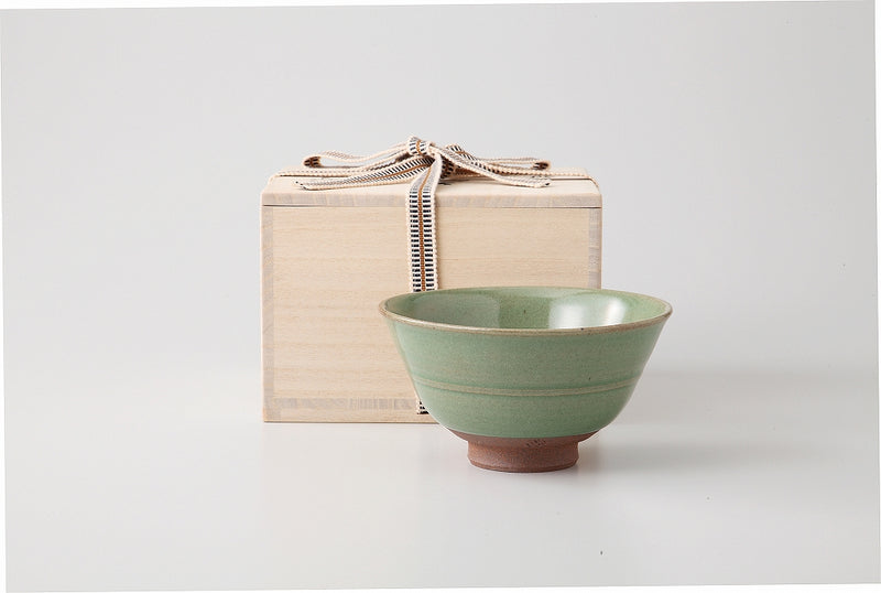 Class one case of celadon porcelain of Kokuryo bowl one