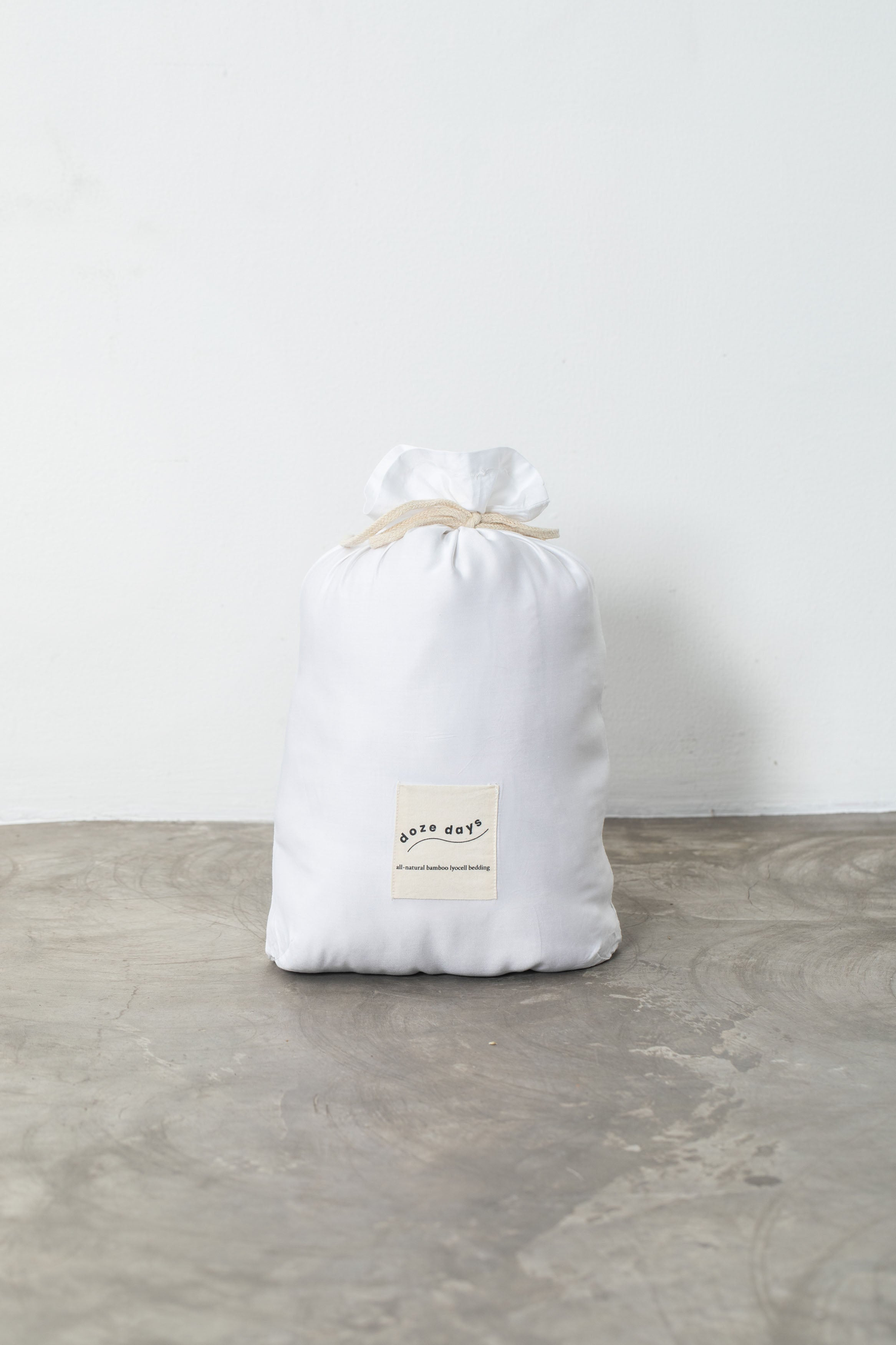 bamboo lyocell duvet cover in cloud