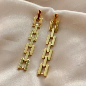 ESSNTL || Links Earrings