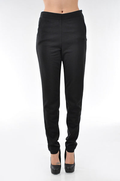 Skinny leg knit trouser with a side zipper