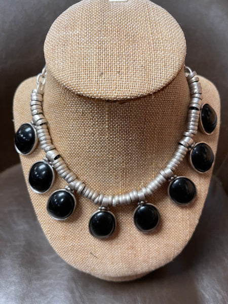 Zamak black stone/silver reversible necklace