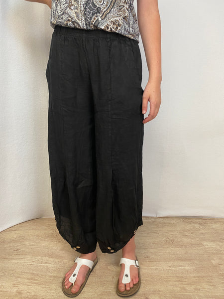 Meo Meli Linen Pants with button accent.