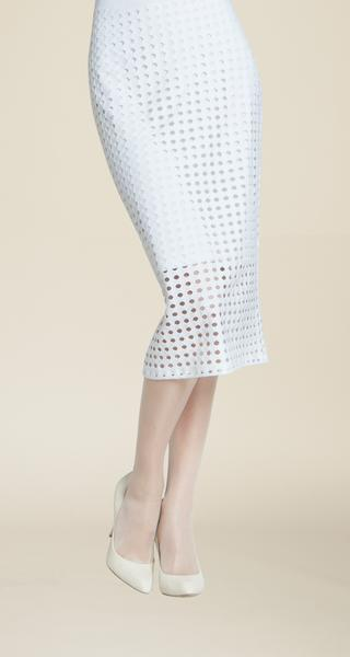 SK34 Perforated pull-on skirt.
