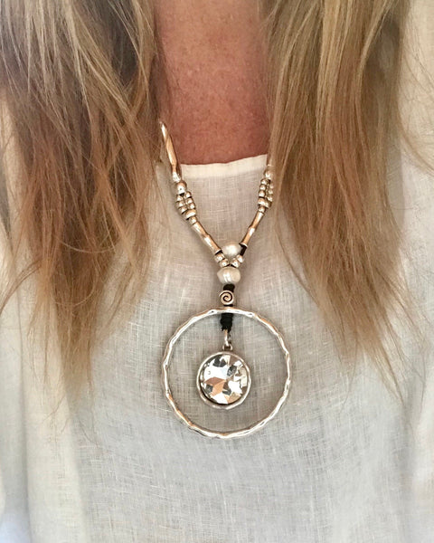 Circle Crystal Pendant Leather Necklace