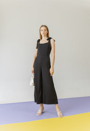 Load image into Gallery viewer, Suen Jumpsuit in Black