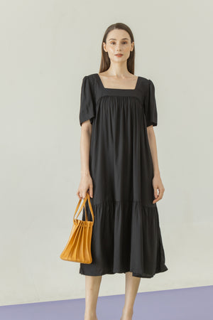 Yeji Dress in Black