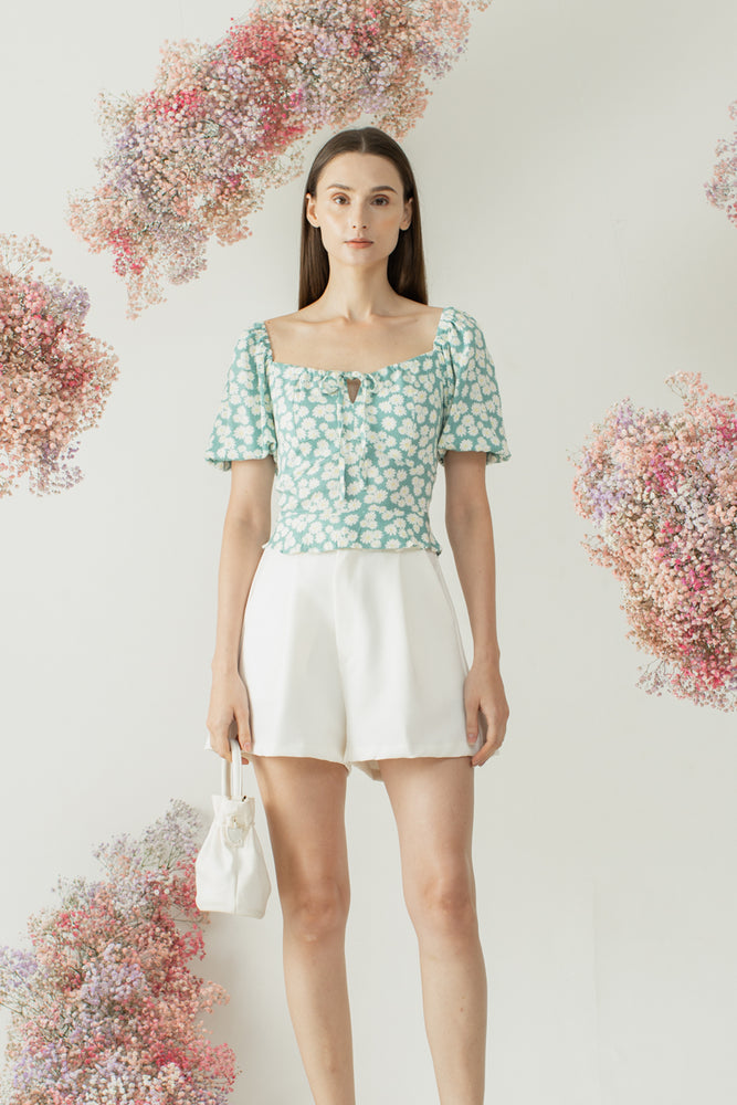 Woori Top in Daisy