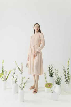 Load image into Gallery viewer, Yejin Dress in Rose Peach