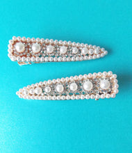 Load image into Gallery viewer, Set of 2 Pearl and Crystal Hair Clips