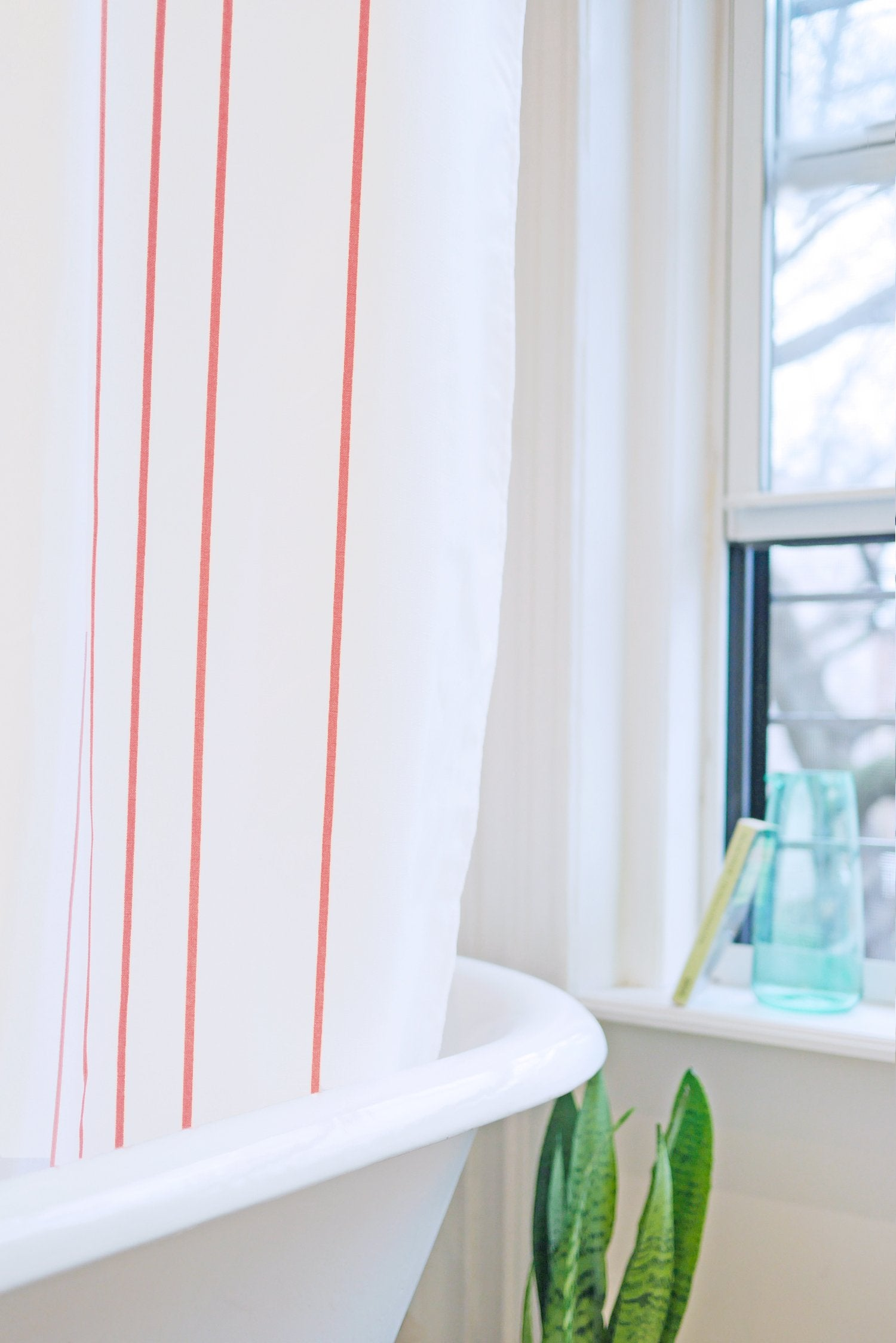 stripe: coral and white - Bathage
