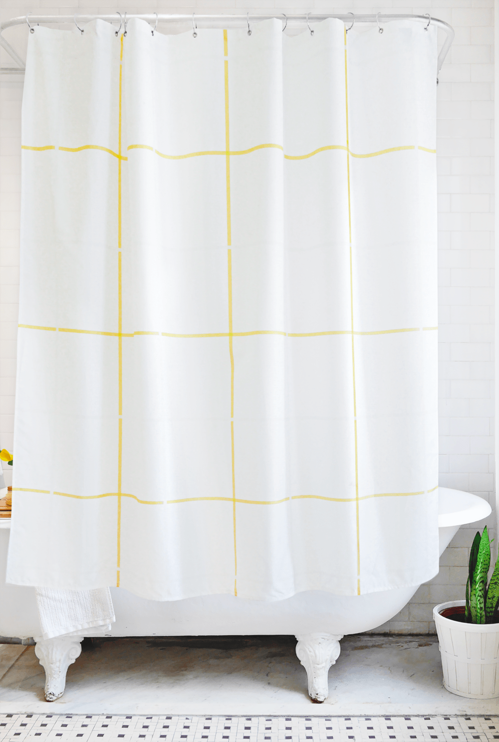grid: yellow and white - Bathage