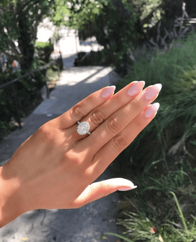 seamless oval halo engagement ring