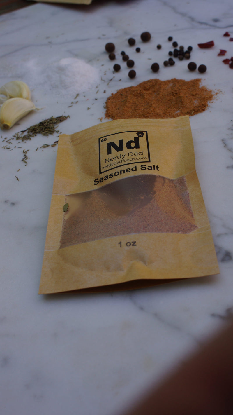 shows the ingredients of seasoned salt