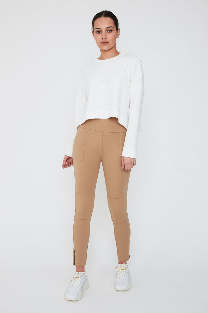 Voyager Pant - Clay