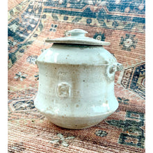 Load image into Gallery viewer, Shino glaze cover container w/ handles