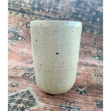 Load image into Gallery viewer, Dove Shell Planter Pot