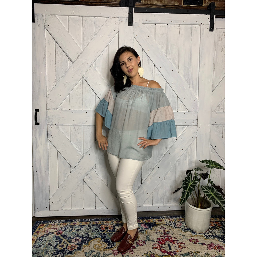 Color block off the shoulder breeze blouse
