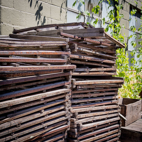 PLUM DRYING SCREENS