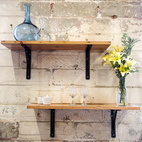 CLASSIC RECLAIMED WOOD SHELVING