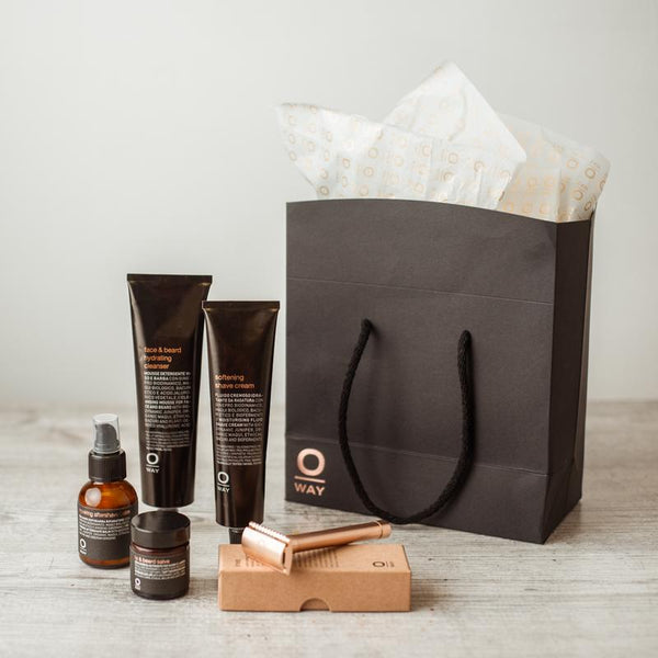 SUSTAINABLE GROOMING ESSENTIALS GIFT SET