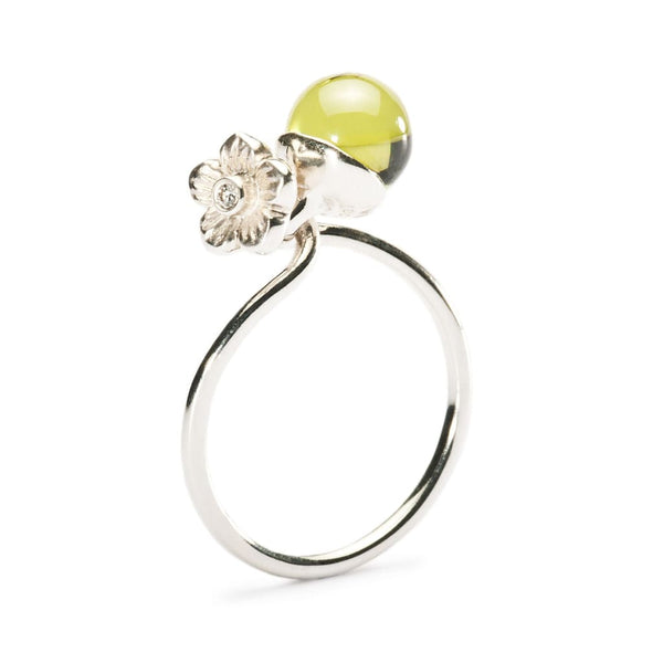 Elderflower w/ peridot - Ring