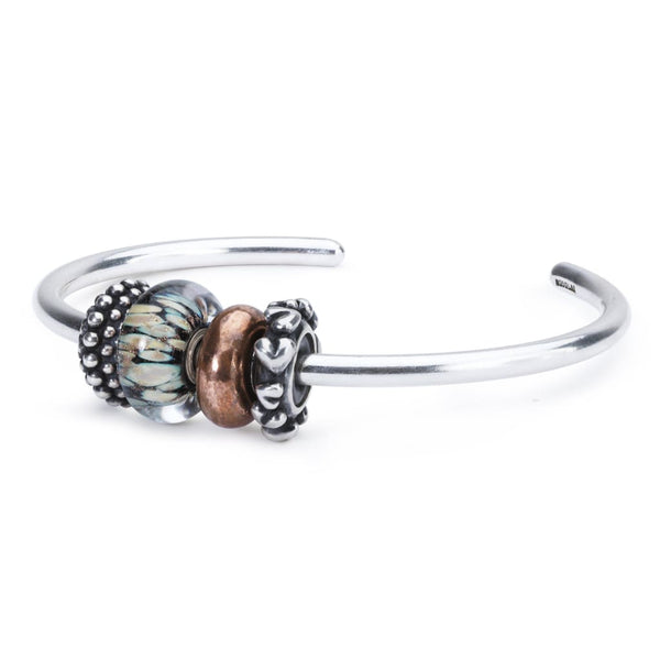 Swinging with my eyes closed - BOM Bangle