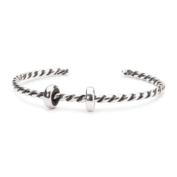 Twisted Silver Bangle with 2 x Silver Spacers - BOM Bangle
