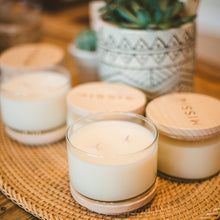 Load image into Gallery viewer, Coconut Grapefruit Mint Candle