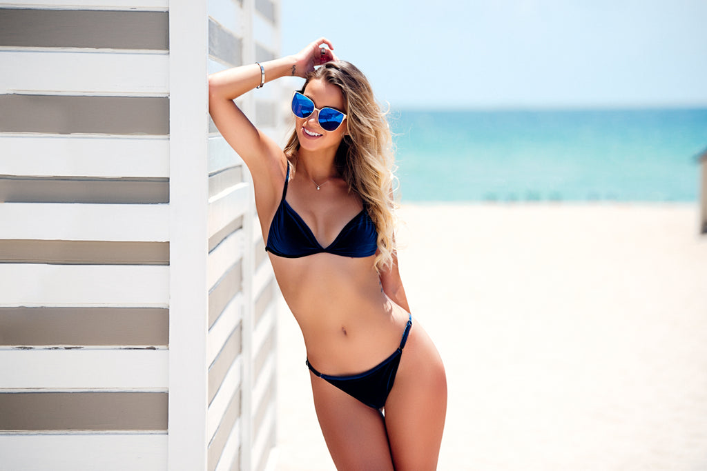 b46ea7116e How To Buy A Flattering Swimsuit - With or Without Curves